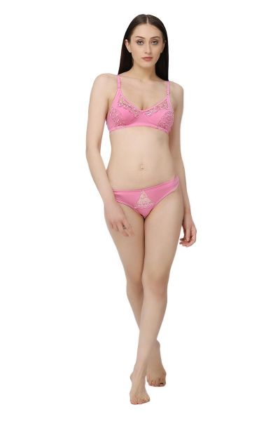 Ellixy Bra & Panty Set With Lace Detailing